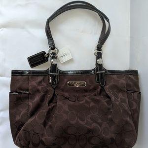 Coach signature jacquard canvas purse bag F15146